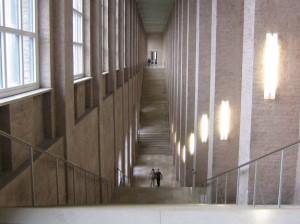 Alte-Pinakothek-Main-Staircase-575x431